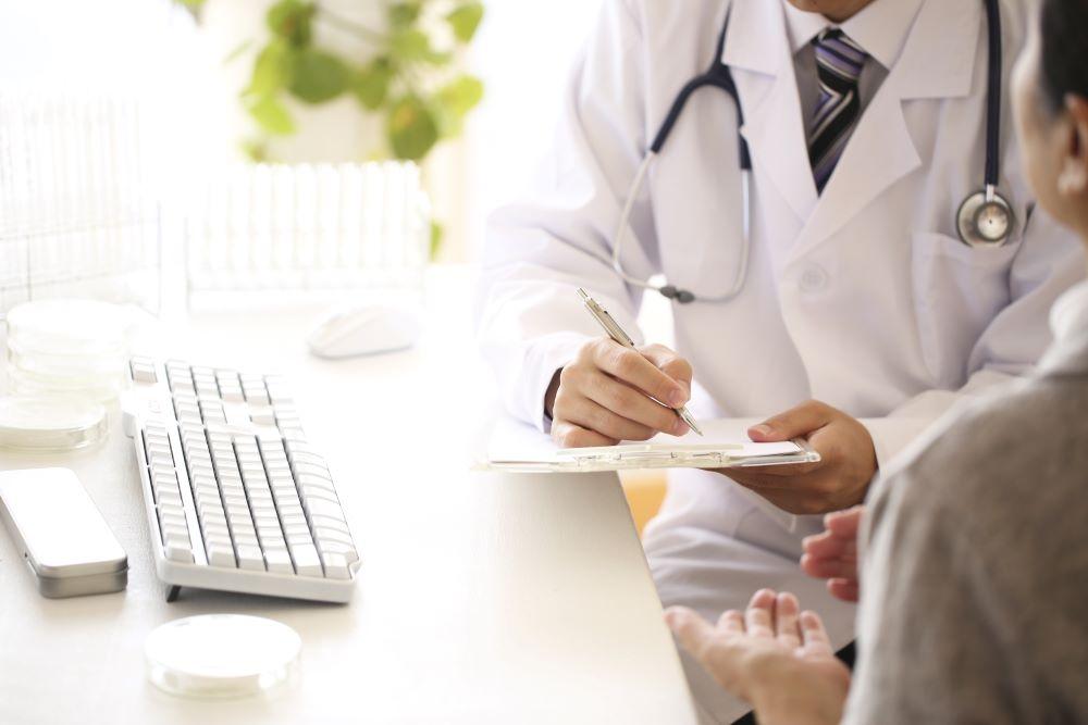 SNSと医療広告規制について